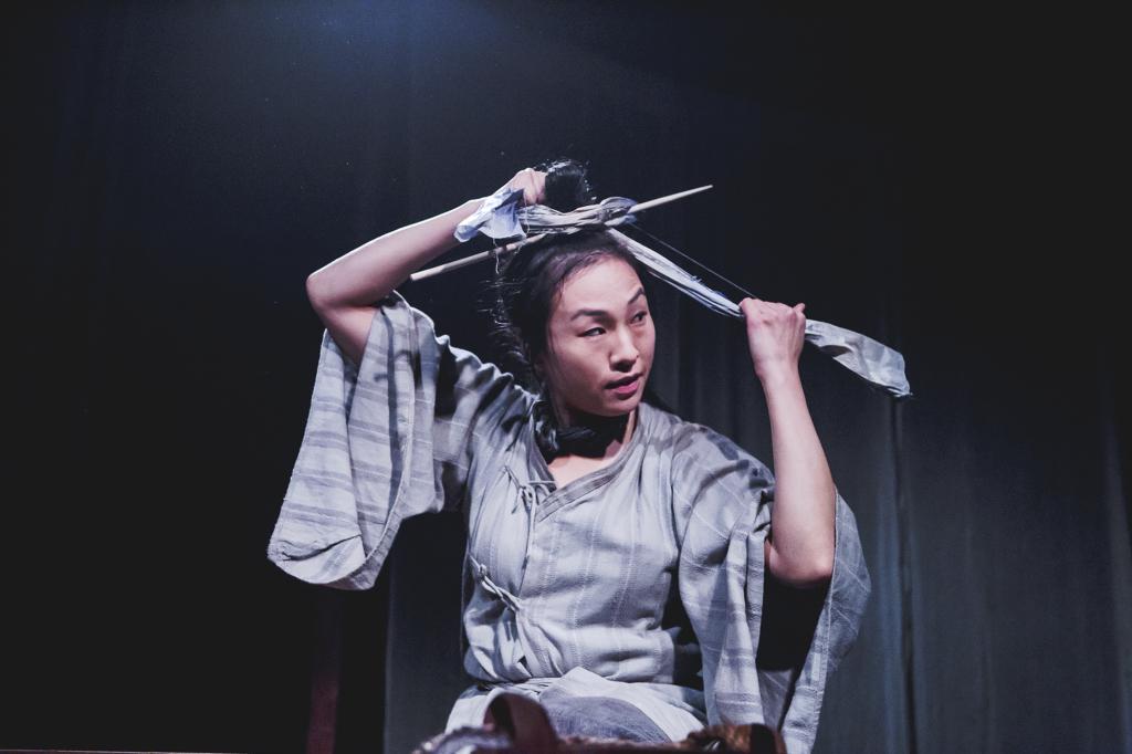 Leilan (Katlyn Wong) in The Mooncake and the Kumara by Mei-Lin Te Puea Hansen. Photo by Julie Zhu
