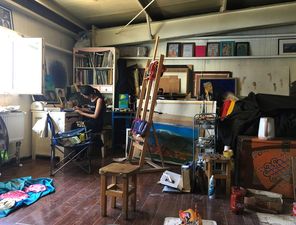 Jurke in her studio. Phot by Sena Park